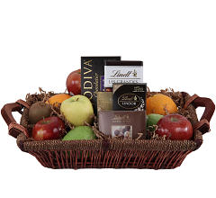 Fruit & Chocolates Tray