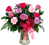 Looking to send flowers in Canada fast? Simply shop from our new Best Selling Flowers catalogue, featuring great products, fantastic pricing and fast, same day best selling flowers for delivery. Now our best selling flower bouquets and arrangements are all gathered in one place for easy online shopping. Enjoy!