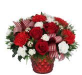 Send Christmas flower arrangements across Canada with Canada Flowers, Canada's National Florist. Beautiful Christmas gifts, combined with expert customer service.