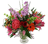 Looking for something out of the ordinary to send to someone special in your life? Choose a floral gift from our luxury premium arrangements to show how much you care. From traditional premium long stem roses to exotic tropical designs and bountiful fruit baskets, Canada Flowers offers something for everyone - and for all occasions. Our premium flowers are carefully arranged by the best local florists and available for delivery to Canada. No extra service charges at checkout.