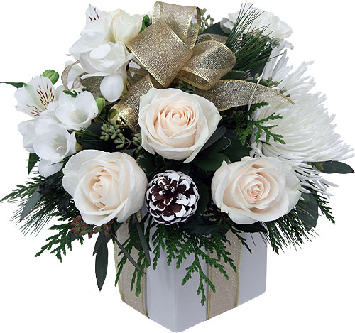 Christmas Flower Arrangements White Gold Ch33aa Canada Flowers
