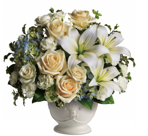 Teleflora's Beautiful Dreams Bouquet